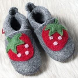 Pololo Wolli Erdbeere Graphit Berry